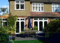Big family home & garden in leafy N London w easy access to city.