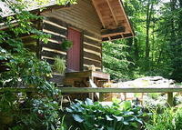 New Home Listing,1800's log home in the mountains of NC. 3b/3b with extra sleeping in outside springhouse. Close to ski slopes, golf, whitewater rafting and parkway.