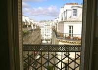Center of Paris, luminous duplex flat near Montmartre120m2