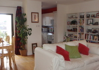 Lovely Bright 2 bed Apartment in great location in Dublin.
