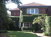 Gracious Art Deco 2 storey, 3 bedroom family home on the leafy North Shore of Sydney. On public transport close to city and northern beaches