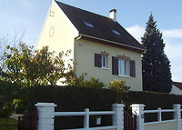 Nice house in a beautiful and green surrounding near Paris (30 mn) -