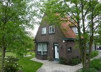 Country House with big garden nearby city Delft/ The Hague and beach