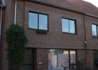 comfortable townhome in a quite neigbourhood close to Antwerp city centre and train station.