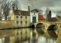 Bruges, (re)new(ed) house in the heart of the medieval city of Bruges