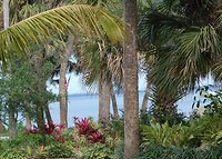 2 acre tropical estate with private beach -seeking Xmas ski exchange