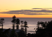3 level family home 5 minutes walk from Manly with amazing views