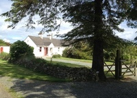 Fig Tree Cottage is a beautiful Rural Cottage retreat located close to the Mountains & the sea on the South Coast of Ireland.