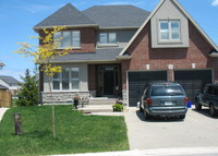 4 bedroom executive home in SW St. Catharines, bordering wine country.