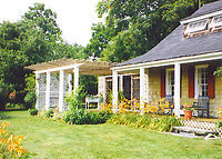 Greenport, Long Island (NY), charming historic home with water views