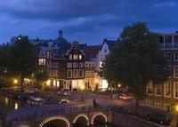 GREAT apartment in old canal house in historic center of Amsterdam