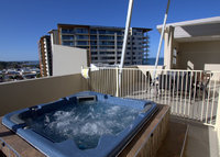 4 Bed Penthouse in Redcliffe near Brisbane. Great location for holiday