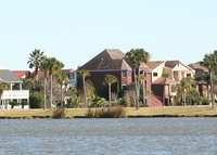 Private waterfront home between Houston and Galveston