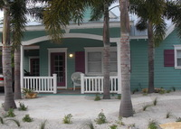 Simplicity Cottage, Anna Maria Island/on canal, 3 blocks to the beach!
