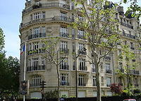Luxury Haussmann family apartment in front of the Eiffel Tower