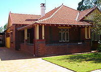 Spacious Federation House 9 km (6 miles) from Sydney CBD.