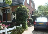 Semi-detached house in beautiful village 20kms from Amsterdam