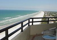 Gorgeous, 3br- , 15th flr. Ocean condo, Quiet section of Daytona Beach, Disney 1 hour away!