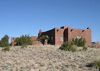 Beautiful adobe between Albuquerque and Santa Fe with Stunning Views