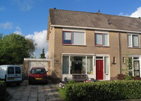 3 bedroom family home, quiet and walking distance to centre of Sneek