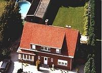 House with 4 bedrooms and private swimming pool close to Brussels.