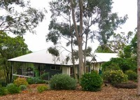 Modern open plan bushland home between Brisbane city and Gold Coast.