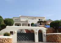 A Fantastic Villa, just a few minutes from the beaches and amenities