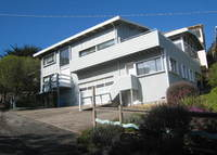 Large comfortable home on Pacific Ocean, 15 mins from San Francisco