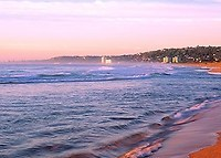 Beachside Townhouse, Narrabeen, Sydney. 2 Bed, 2 Bath, Comfortable.