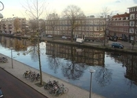 Spacious apartment in Amsterdam city centre (105 m2), next to water.