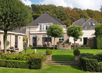 Beautiful family house with nice garden close to historic Deventer.