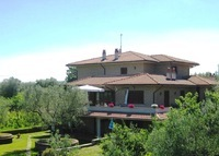 Farmhouse north of Rome, where Tuscany, Umbria and Lazio meet