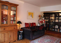 Spacious sun filled apartment in Paris convenient for public transport
