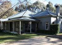 Country house on five acres in the historic village of Berrima