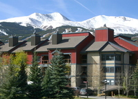 Breckenridge, Colorado 3BR 3Bath condo; great views, walk to town