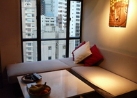 Superbly Located One Bedroom Apartment in Soho, Hong Kong