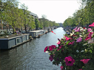 Romantic Houseboat Listing in Amsterdam