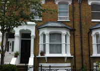 Fantastic 4 bedroom family home in Central London, 3 mins walk to tube
