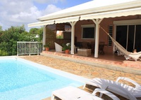 House near the beach (300m) in Guadeloupe-Caribbean with pool & garden