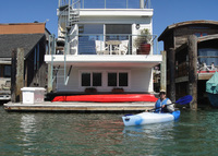 Sunny Floating Home in Sausalito (near San Francisco)