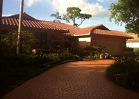 Beautiful  home 3-br, pool, beautiful organic garden Coral Springs, FL