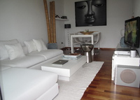 Modern and cozy apartment . Excellent location. Minutes from Barcelona city center.