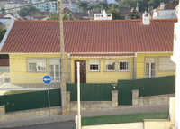Our spacious and cosy home 2 km in tourist Cascais and beaches