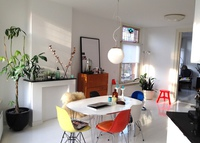 (Plans set for 2014, longer exchanges) Lovely light apartment