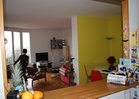 Nice apartment in Paris - View on the Buttes Chaumont Park