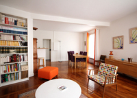 Live like a parisian. Lovely 3 bedrooms apt in historic neighborhood.