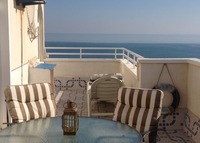 A BEAUTIFUL PENTHOUSE TO EXCHANGE IN ALICANTE