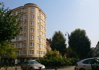 Stylish flat with great views in central Brussels - long term possible