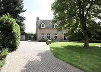 House with big garden, pool and sauna - 1hr from Amsterdam