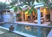 Beautiful villa in Bali (Seminyak) close to everything